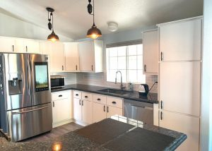 kitchen cabinet solid white refacing